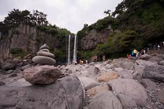 Jeongbang-Falls-12