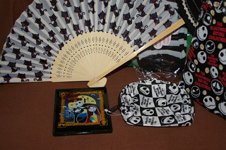 cosmetic mirror, fan, fingerless gloves & change purse