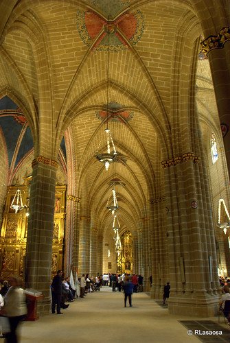 Catedral de Pamplona by Rufino Lasaosa
