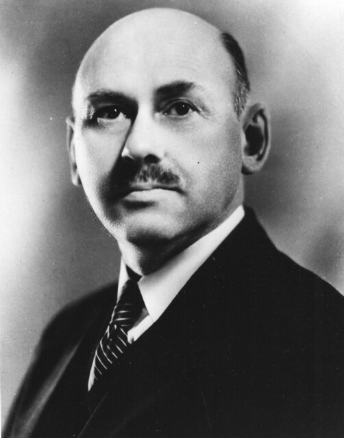 robert goddard how tall