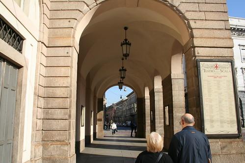 20091112 Milano 15 Piazza della Scala 21 Teatro alla Scala