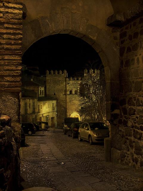 Toledo a gallery on flickr for Puerta del sol santiago