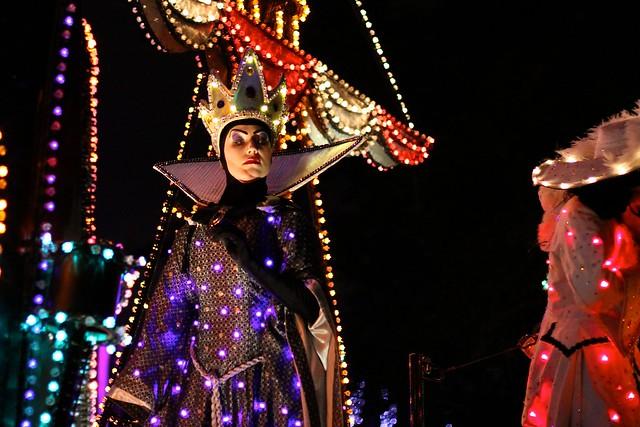 WDW Dec 2009 - 2nd SpectroMagic Parade