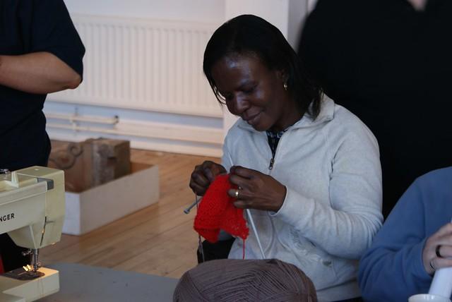Knitting Groups Edinburgh : Knitting social group craigmillar explore guardian