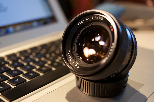 Carl Zeiss Planar T* 50mm f/1.4