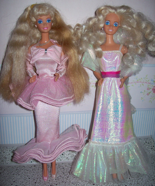 Perfume Pretty Barbie: Perfume Pretty & Dance Magic Barbie