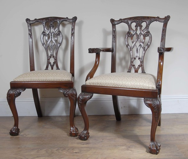 Antique Chippendale Dining Room Furniture: ANTIQUE CHIPPENDALE DINING CHAIRS