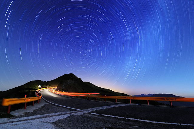 石門山星軌 時光隧道 Shihmen Mt. Startrail: The Time Tunnel