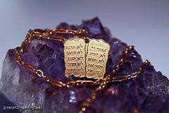 bracelet(0.0), necklace(0.0), amethyst(1.0), purple(1.0), violet(1.0), mineral(1.0), jewellery(1.0), gemstone(1.0), gold(1.0), crystal(1.0),