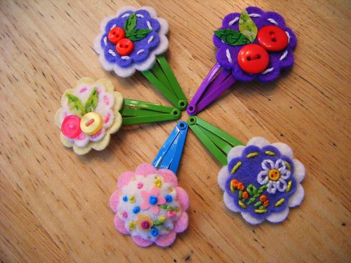 felt embroidered hair clips