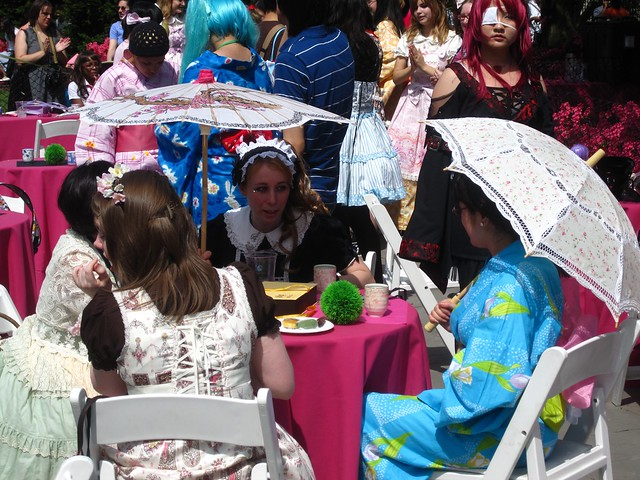 BBG's Parasol Society enjoys high tea at Sakura Matsuri 2010. Photo by Rebecca Bullene.