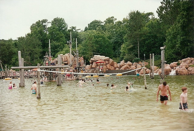Water Volleyball River Country 1993