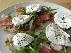 hors d'oeuvre, breakfast, salad, mozzarella, food, dish, dairy product, cuisine, feta,