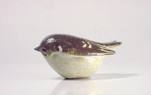 Stoneware Kinglet Figurine in Natural Brown S | Slip cast St… | Flickr