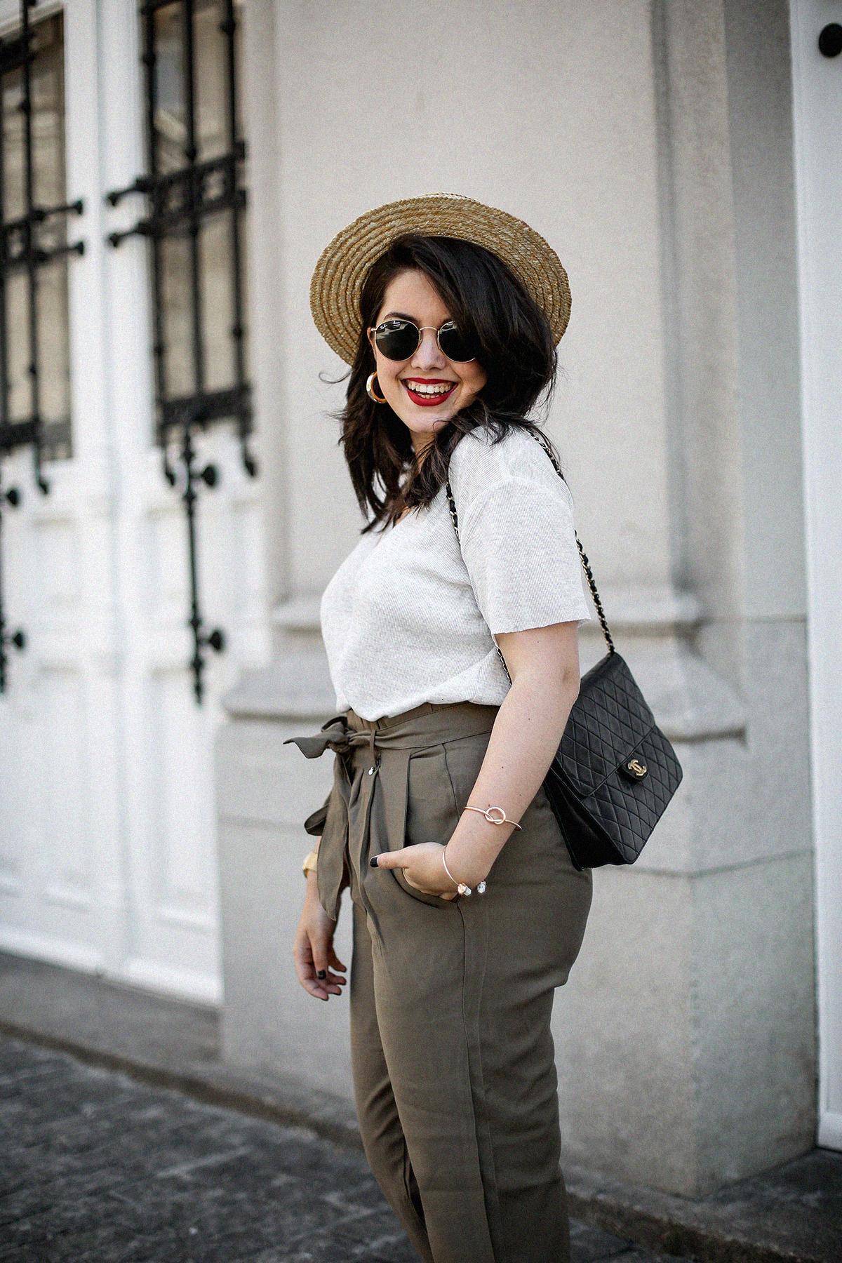 pantalones-verdes-altos-palas-borlas-zara-canotier-look-myblueberrynightsblog16