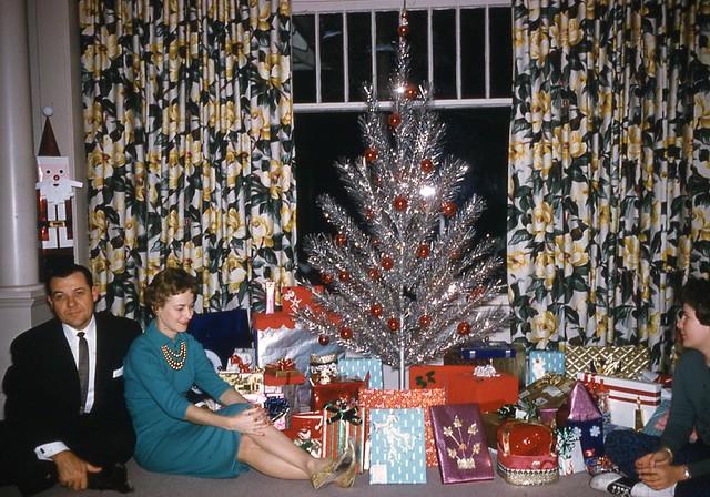 Aluminum Christmas Tree - a gallery on Flickr