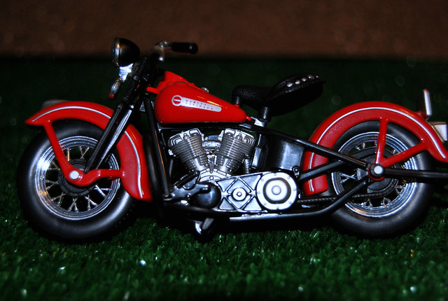 1947 Harley Davidson Pan Head http://www.flickr.com/photos/tetegil/4365326101/