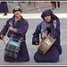JMF139741 - Tocando el tambor de rodillas en las calles de Hellín