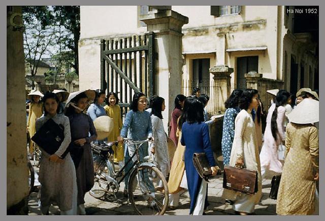Hanoi Students - 1952