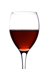 beer glass(0.0), wine(0.0), white wine(0.0), wine glass(1.0), drinkware(1.0), stemware(1.0), tableware(1.0), glass(1.0), red wine(1.0), champagne stemware(1.0), drink(1.0), alcoholic beverage(1.0),