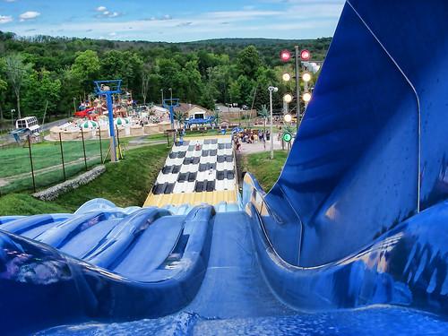 blue summer water pentax pennsylvania hill slide pa optio waterpark w10 tannersville garyburke optiow10 camelbeach klingon65