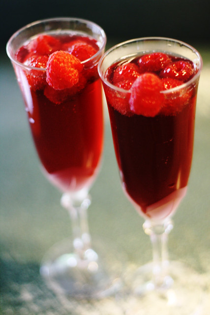 Pom-Raspberry Champagne Cocktails | Flickr - Photo Sharing!