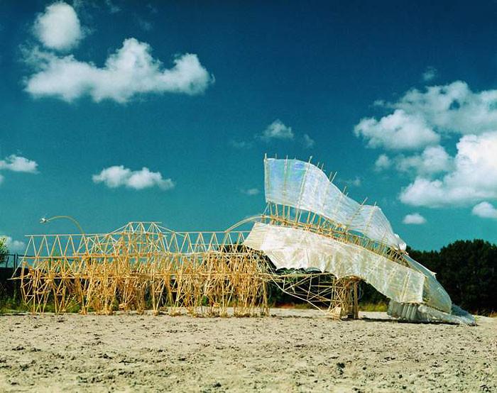 Strandbeest von Theo Jansen - animaris percipiere_l