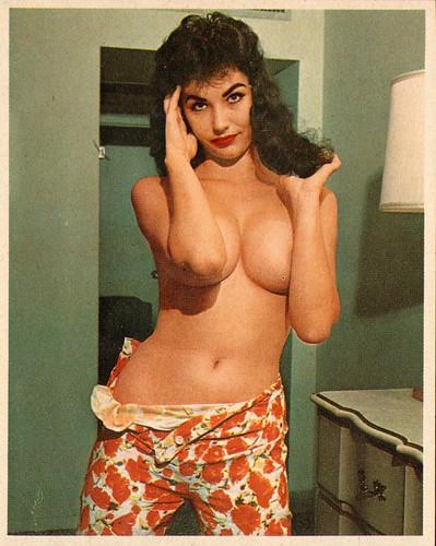 Frolic_Apr1963_Vol12_No1_027