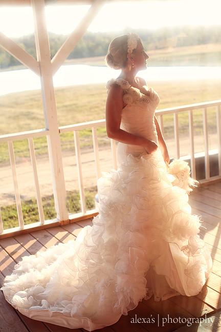 Alexa 39 s photography wedding photographer brooke 39 s for Wedding dresses burlington nc