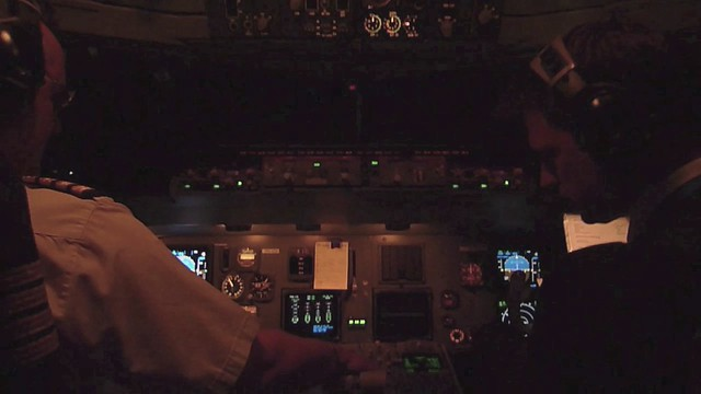 Fokker 70 Flight Deck