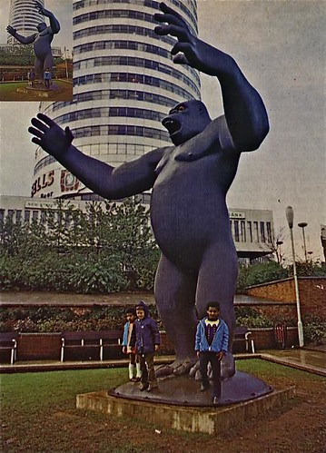 King Kong Sculpture in front of The Rotunda Birmingham 1972