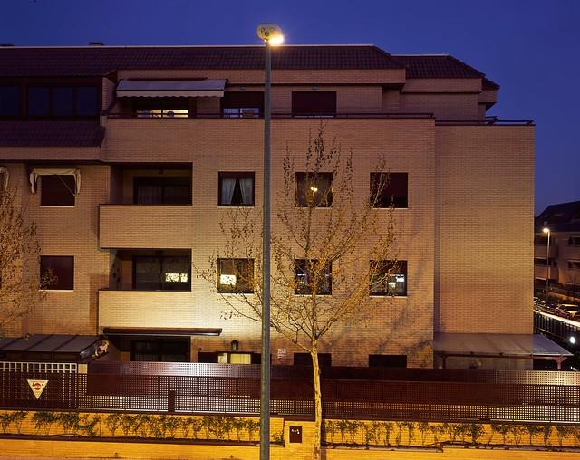 hi-res contemporary neighbourhood