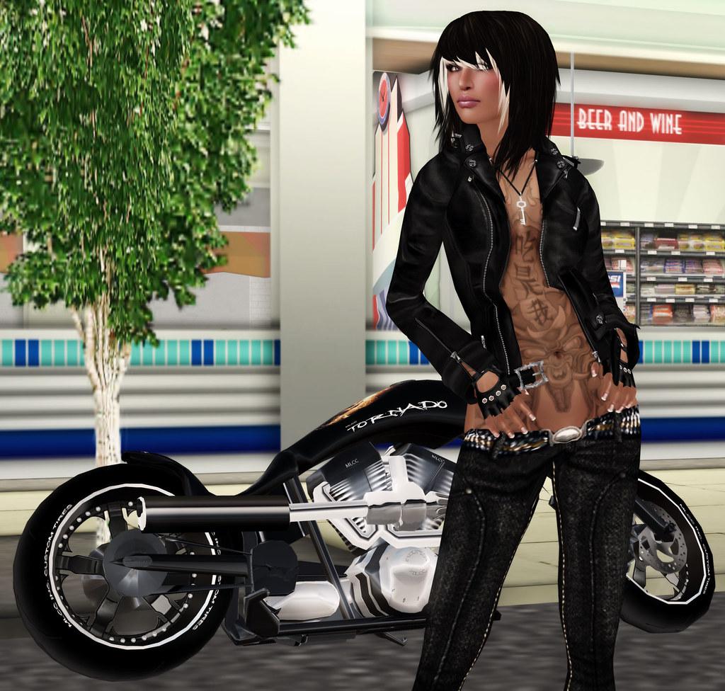 Biker chick for Biker chick tattoos