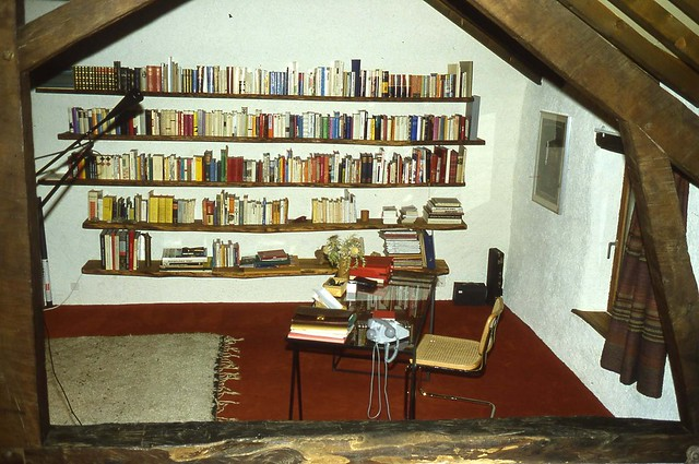 our library simple and efficiant. Foto 1995