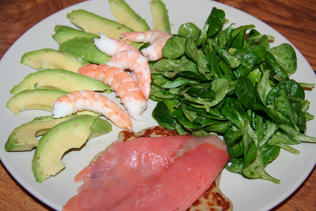 salade d 39 avocats aux crevettes saumon fum sur blini et doucette flickr photo sharing. Black Bedroom Furniture Sets. Home Design Ideas