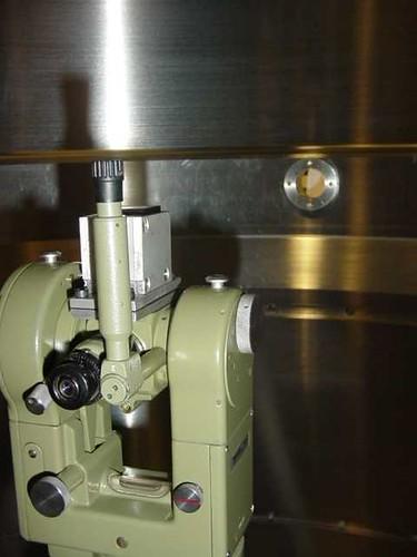Alinhamento entre furos dos internos de um equipamento