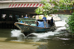 Watertaxi Bangkok. 'long tail boats'