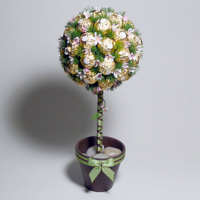 Candy topiary centerpieces just b use