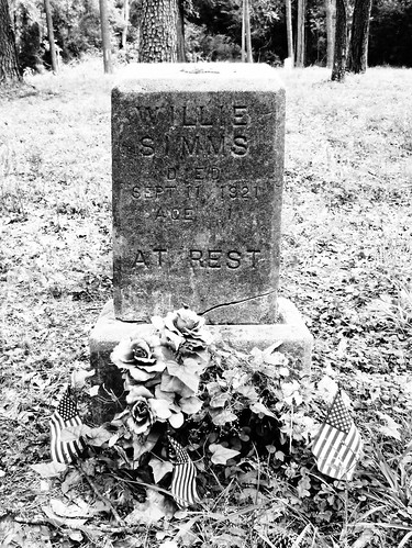 4591346369 35b2ff857c At Rest, Humble Negro Cemetery, Humble, Texas 0508101257BW