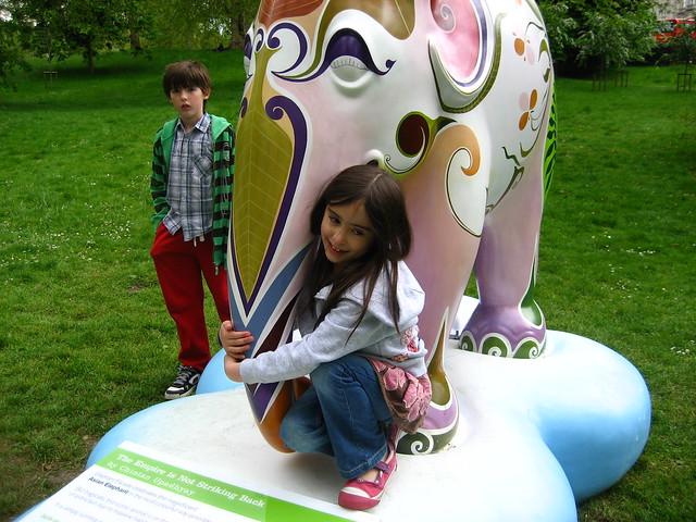 Cam, elephant, Livvy
