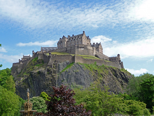 Edinburgh Castle from Princes St