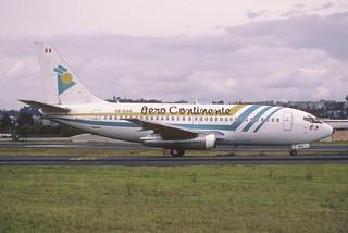 168bt - Aero Continente Boeing 737-200; OB-1544@UIO;01.03.2002