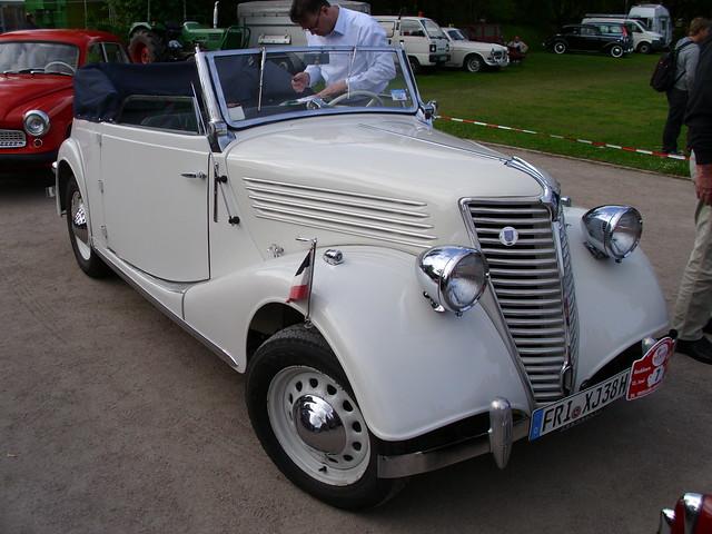Renault Primaquatre Cabriolet 1938-39 -1-