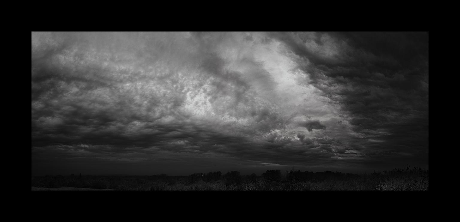 Cloudscapes: Stratocumulus Undulatus by Nicholas M Vivian