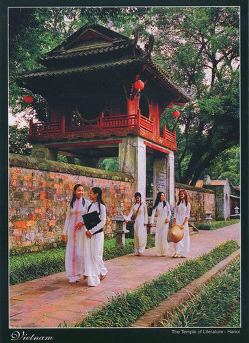 The-Temple-of-Literature-in-Hanoi,-Vietnam