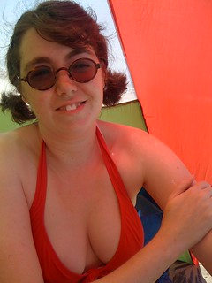 Ang in the beach tent