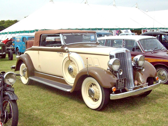 91 Hupmobile Convertible (1933)