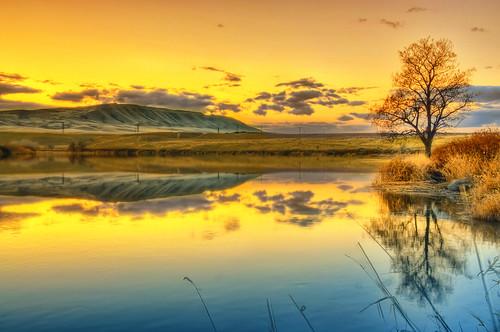 sunset reflection nw northwest wa hdr richland tricities bentoncounty yakimariver nikond90 hornrapidsdam washingtonrattlesnakemountain
