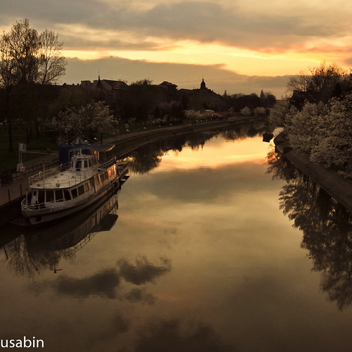 world trip vacation reflection tourism water colors beautiful clouds river photography mirror boat canal photo nikon europe view shot couleurs visit romania exploration distillery couleur lightroom timisoara crepuscolo sabin banat bega roumania d90 usabin crepuscolosunsetssunrises vaporasul gettyromania1
