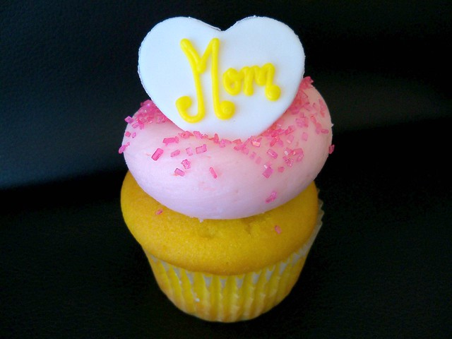 Mother's Day Cupcakes 2010!